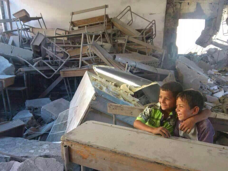 مدارس مهدمة بسبب الحرب