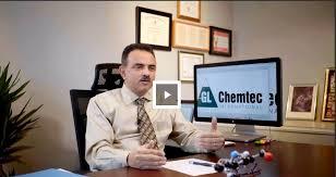 """اليمني """"جميل الحكيمي"""".. من معسكر الأمن المركزي إلى رئيس أكبر شركة أبحاث كيمائية بكندا"""